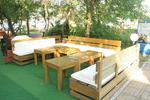 дървени луксозни маси с пейки по поръчка